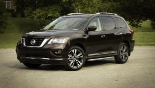Nissan evaluating Pathfinder mid-size SUV for India - Report