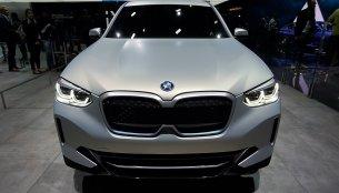 BMW Concept iX3 - Motorshow Focus