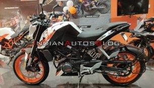 KTM 200 Duke ABS - In 9 Images