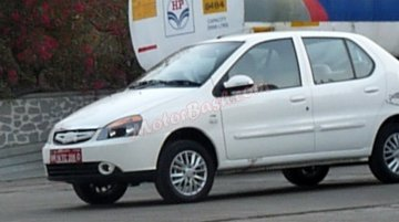 Spied - Fully undisguised Tata Indigo eCS facelift continues testing