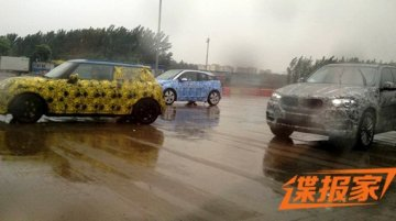 Next generation Mini and BMW i3 spied together in China