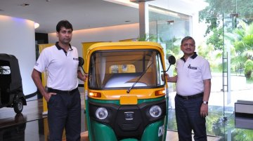 Bajaj Auto launches refreshed lineup of RE three wheelers with DTS-i technology
