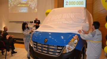 Renault's SOVAB plant celebrates two millionth rollout