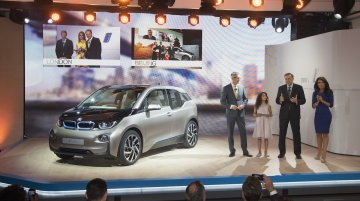BMW i3 launched at 34,950 Euros, gets 90,000 test drive requests within a day!