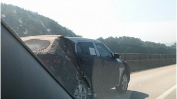 Korea - Hyundai compact SUV continues to test on public roads