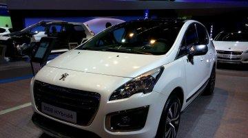 Frankfurt Live - Peugeot 3008 compact crossover gets a facelift