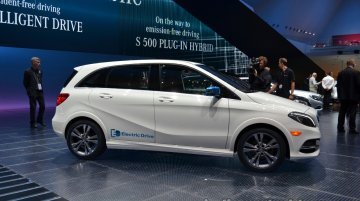 Mercedes B Class (Electric Drive) - Image Gallery (Unrelated)