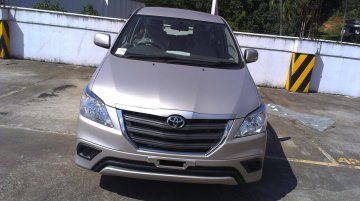 Spied - Toyota Innova Facelift spotted in an Indian dealership; Launching on October 9?