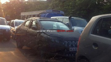 Next gen Maruti SX4 (YL1) spotted on tests again