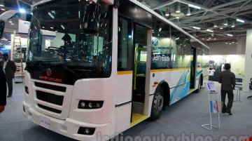 IAB Report - First fleet of Ashok Leyland JanBus low-floor city buses inducted in Kolkata