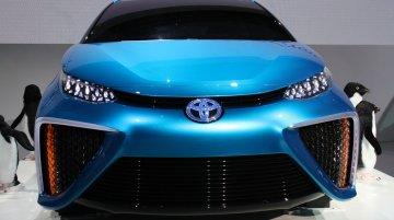 2013 Tokyo Motor Show Live - Toyota FCV Concept