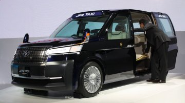 2013 Tokyo Motor Show Live - Toyota JPN Taxi Concept