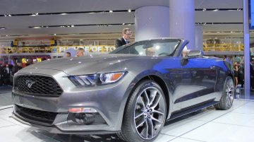 NAIAS Live - 2015 Ford Mustang Convertible [Update - Presented in Goodwood]