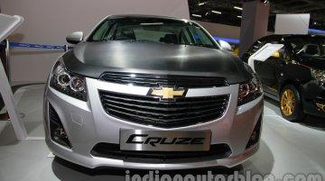 Auto Expo Live - Chevrolet Cruze Stealth, Chevrolet Sail Custom showcased