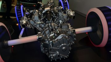 Geneva Live - Honda NSX Powertrain layout unveiled