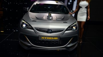 Geneva Live - Opel Astra OPC EXTREME