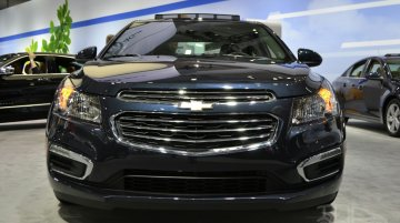 Chevrolet Cruze facelift to launch at Auto Expo 2016 - IAB Report