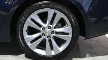 2015 Chevrolet Cruze facelift (US-spec)