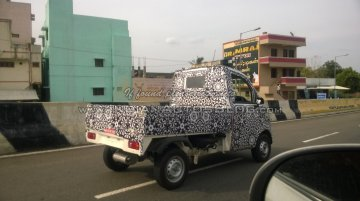 Spied - IAB reader catches the new Mahindra P601 LCV on test