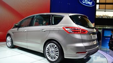 2015 Ford S-Max at the 2014 Paris Motor Show