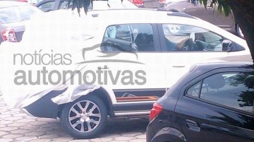 Spied - Chevrolet Spin Activ with crossover styling