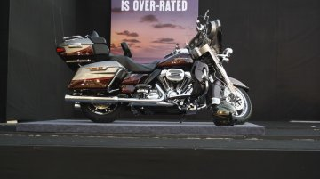 IAB Retrospect - Harley Davidson CVO Limited & Street Glide Special, 2015 BMW X5 M, X6 M, Mercedes S Class Pullman, Peugeot Exalt