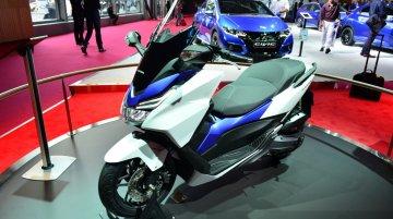 Paris Live - Honda Forza 125