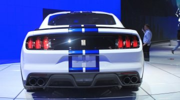 LA Live - Ford Shelby GT350 Mustang