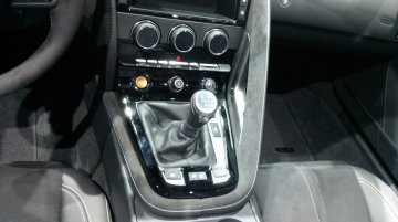 LA Live - Jaguar F-Type manual transmission
