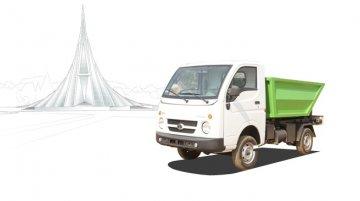 IAB Report - Tata Ace Hopper Tipper, Super Ace Suction Machine showcased