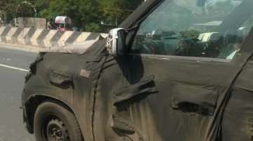 IAB reader spots the Mahindra U301 compact SUV - Spied