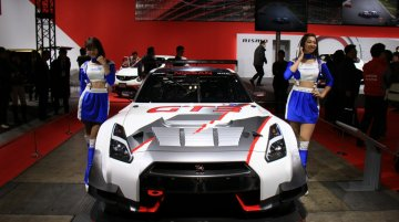 Tokyo Live - Nissan GT-R GT3 and GT-R Nismo N-Attack package