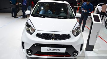 Kia Picanto Facelift with sports package at the 2015 Geneva Motor Show