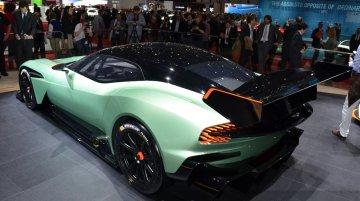 Aston Martin Vulcan - 2015 Geneva Live