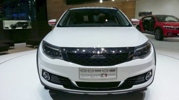 2015 Qoros 3 City SUV at the 2015 Geneva Motor Show