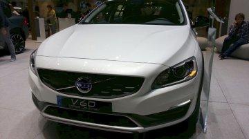 Volvo V60 Cross Country at the 2015 Geneva Motor Show