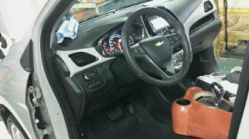 2016 Chevrolet Spark (Beat) dashboard exposed - Spied