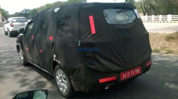 Chevrolet Spin MPV (Maruti Ertiga rival) snapped testing in India - Spied