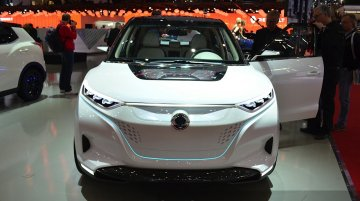 Ssangyong Tivoli EVR Concept - 2015 Geneva Live