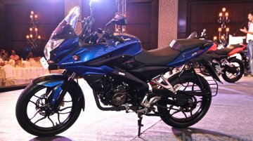 Bajaj Pulsar AS150 launched in Turkey at INR 1.58 lakhs - Report