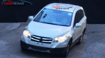 Maruti SX4 S-Cross snapped testing without camouflage; Gets chrome grille - Spied