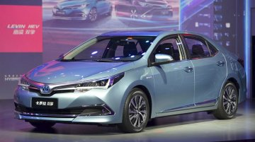 Toyota Corolla Hybrid with a new front unveiled in China [Update]