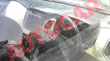Hyundai ix25's interior snapped with 6MT and beige dashboard - Spied