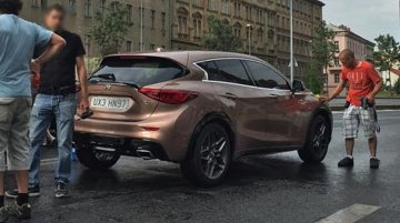 Infiniti Q30 (Merc A Class rival) leaked ahead of Frankfurt debut [Update]