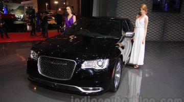 2015 Chrysler 300 (facelift) - IIMS 2015 Live