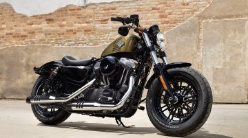 Harley Davidson Dark Custom range, select 2016 models unveiled - IAB Report