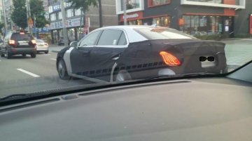 2017 Hyundai Equus spotted testing - Spied
