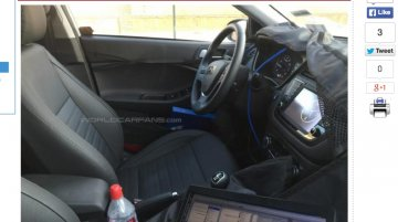 For-Europe Hyundai i20 Active interior spied, could debut at IAA 2015 - Report