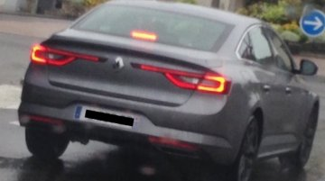 Renault Talisman clicked ahead of its Frankfurt Motor Show debut - Spied