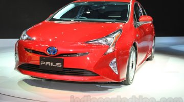 India-bound 2016 Toyota Prius launched in Japan, priced from 2.4 million yen - IAB Report